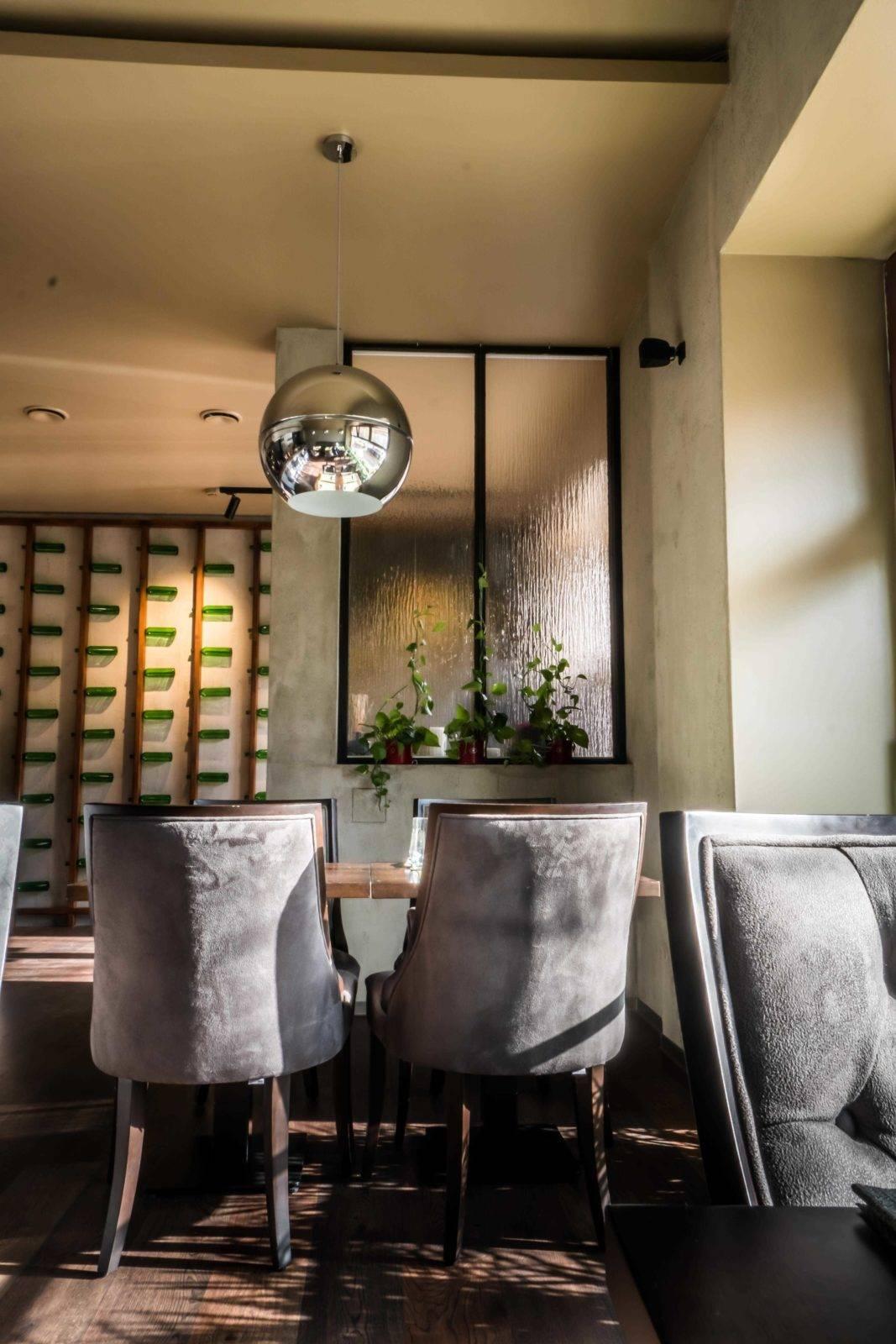 Avenue 40 restaurace dizayner interera v prage - Alex Brut Studio